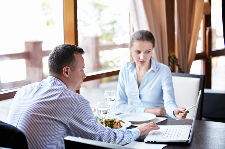 relationship marketing in casual dining restaurants Unlv theses, dissertations, professional papers, and capstones spring 2011 controlling labor costs in restaurant management: a review of the internal-marketing.